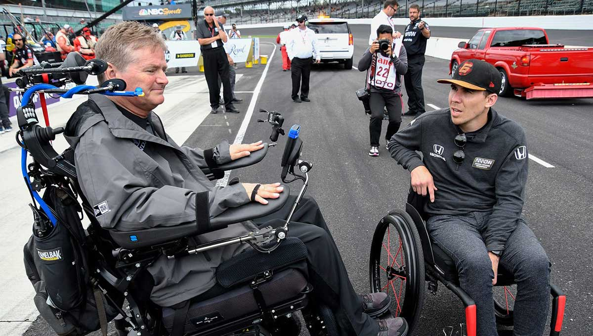 Sam Schmidt talks with Robert Wickens